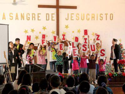 Kids at the Christmas fiesta in Miguel Aleman